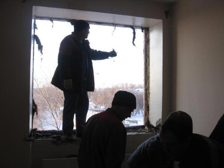 Восстановительные работы в Челябинской области, февраль 2013 года. Фото с сайта ГУ МЧС России по Челябинской области